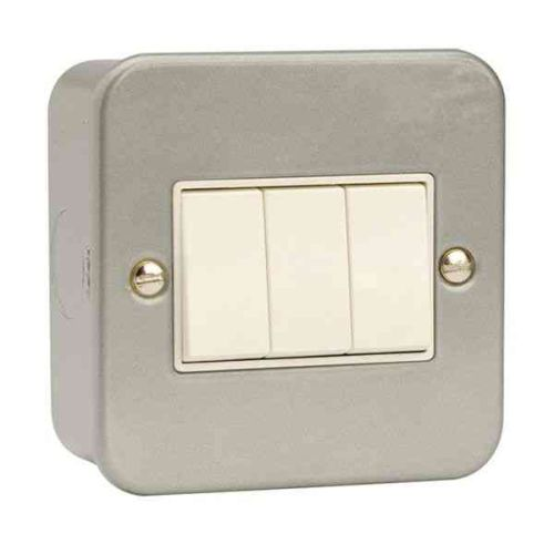 Metal Clad 3 Gang 2 Way Light Switch | Click CL013