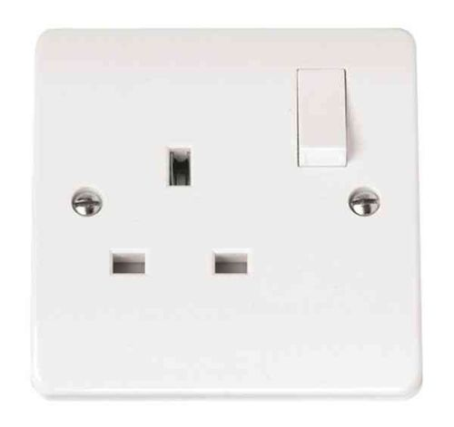 13A Single Socket Outlet 1 Gang Switched | Click CMA035