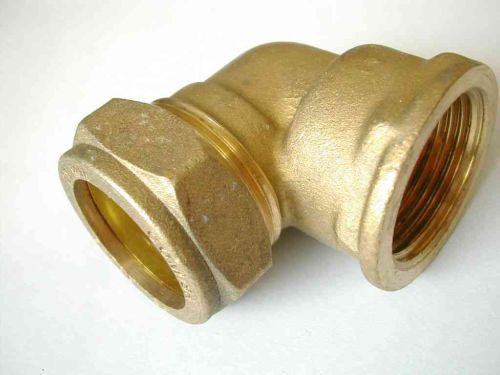 22mm Compression x 3/4 Inch BSP Female Elbow