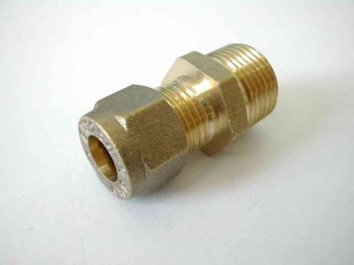 8mm Compression x 3/8 Inch BSP Male Adaptor / Coupler