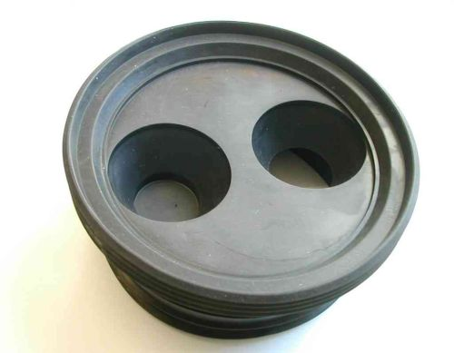 "110mm x 32mm (1-1/4"") Or 40mm (1-1/2"") Rubber Reducer"