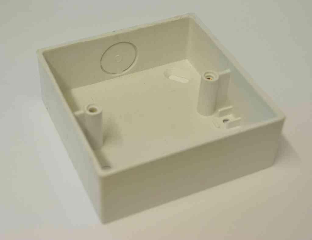 Pvc Electrical Boxes : Pvc gang knockout pattress box stevenson plumbing