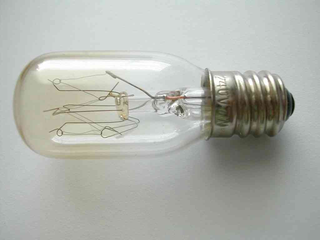 E12 7W Night Light Bulb