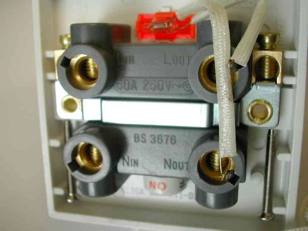 50a Pull Cord Ceiling Switch Double Pole Click Prw211