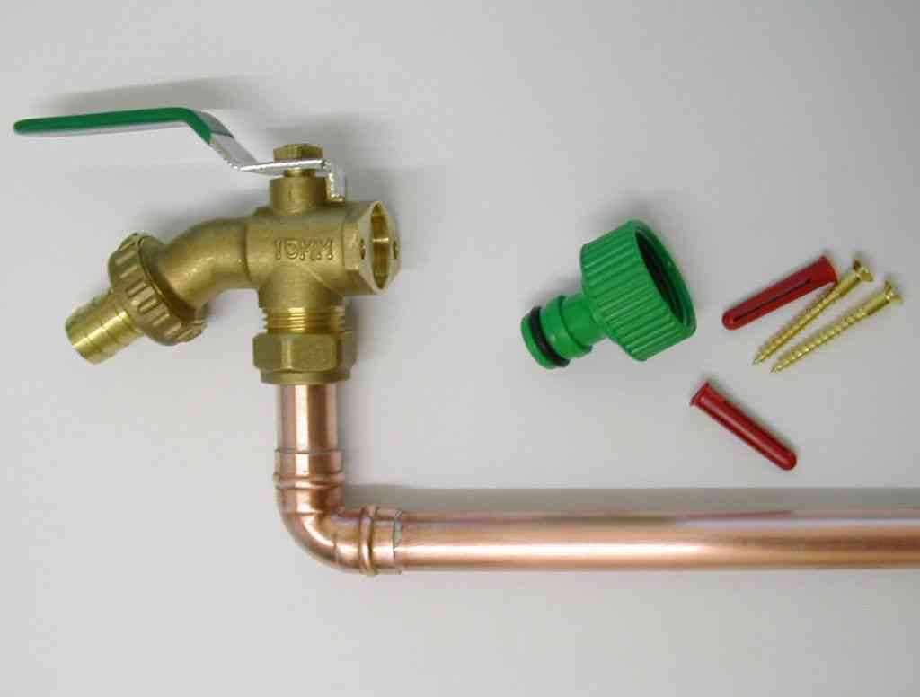 Lever Outside Tap Kit With Through Wall Pipe Stevenson