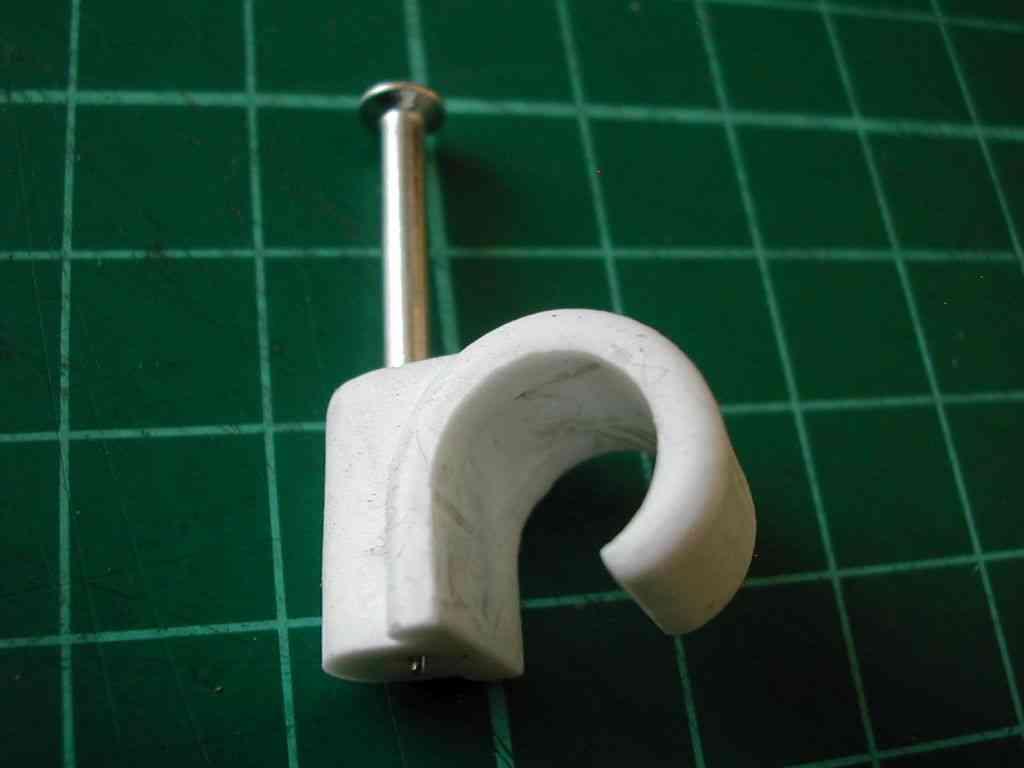 10mm Pipe Clip | Nail In