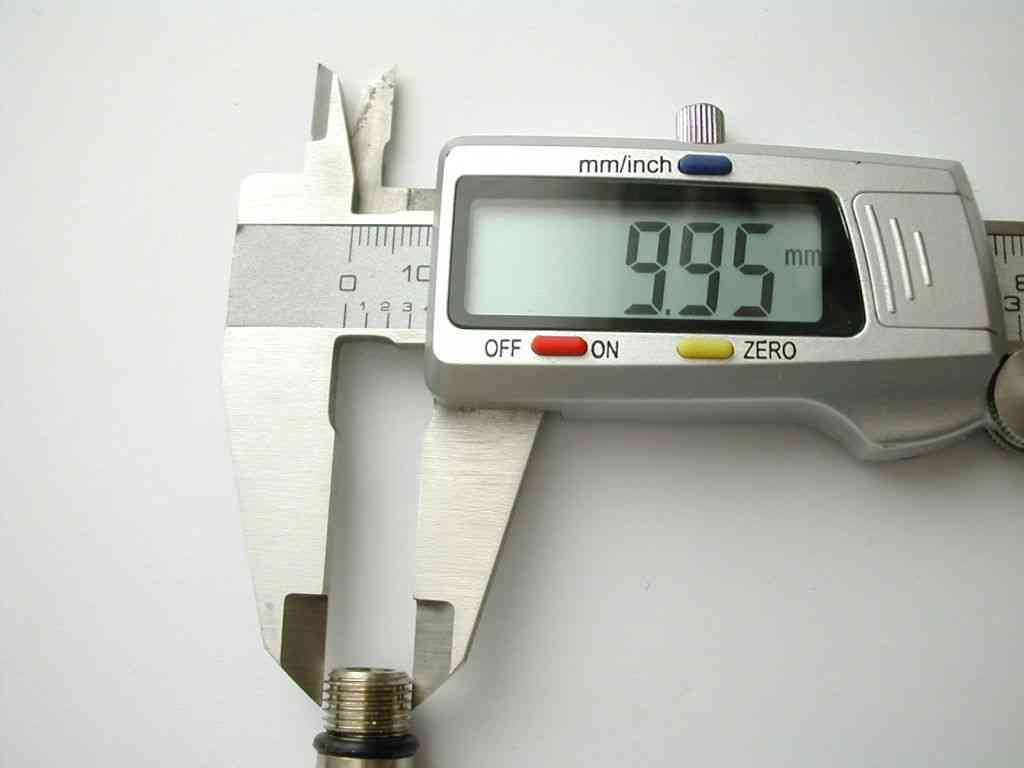 15mm X M10 10mm Monobloc Tap Flexible Connector Tails
