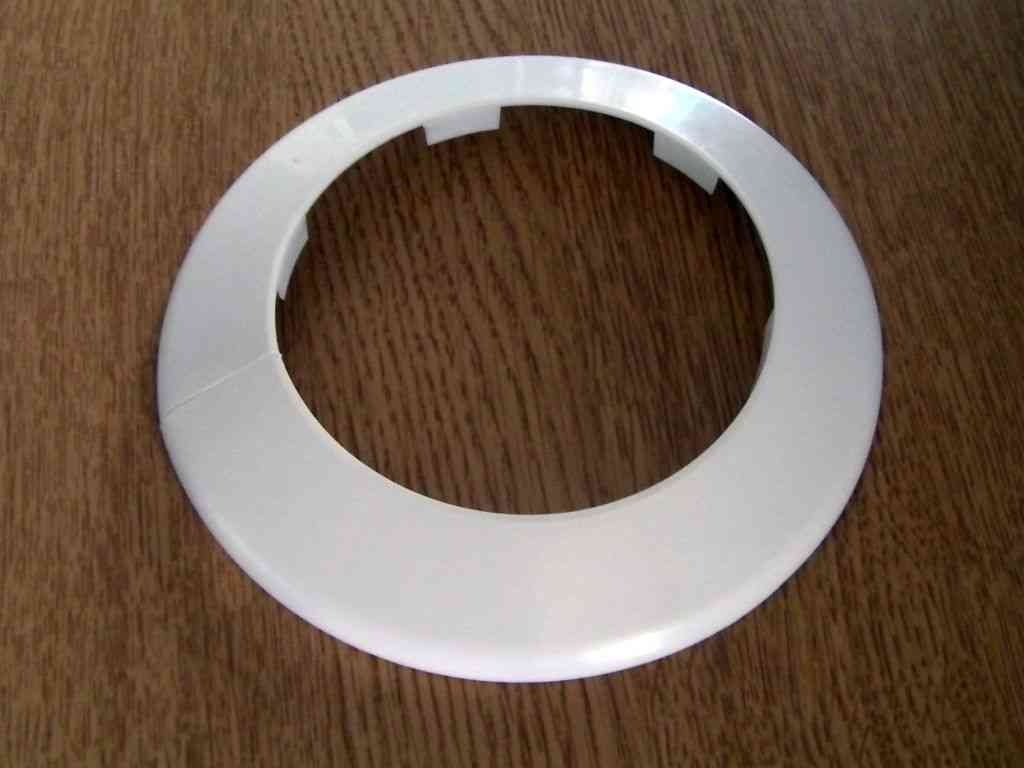 Soil Pipe Collar Toilet Waste Pipe Cover White 110mm